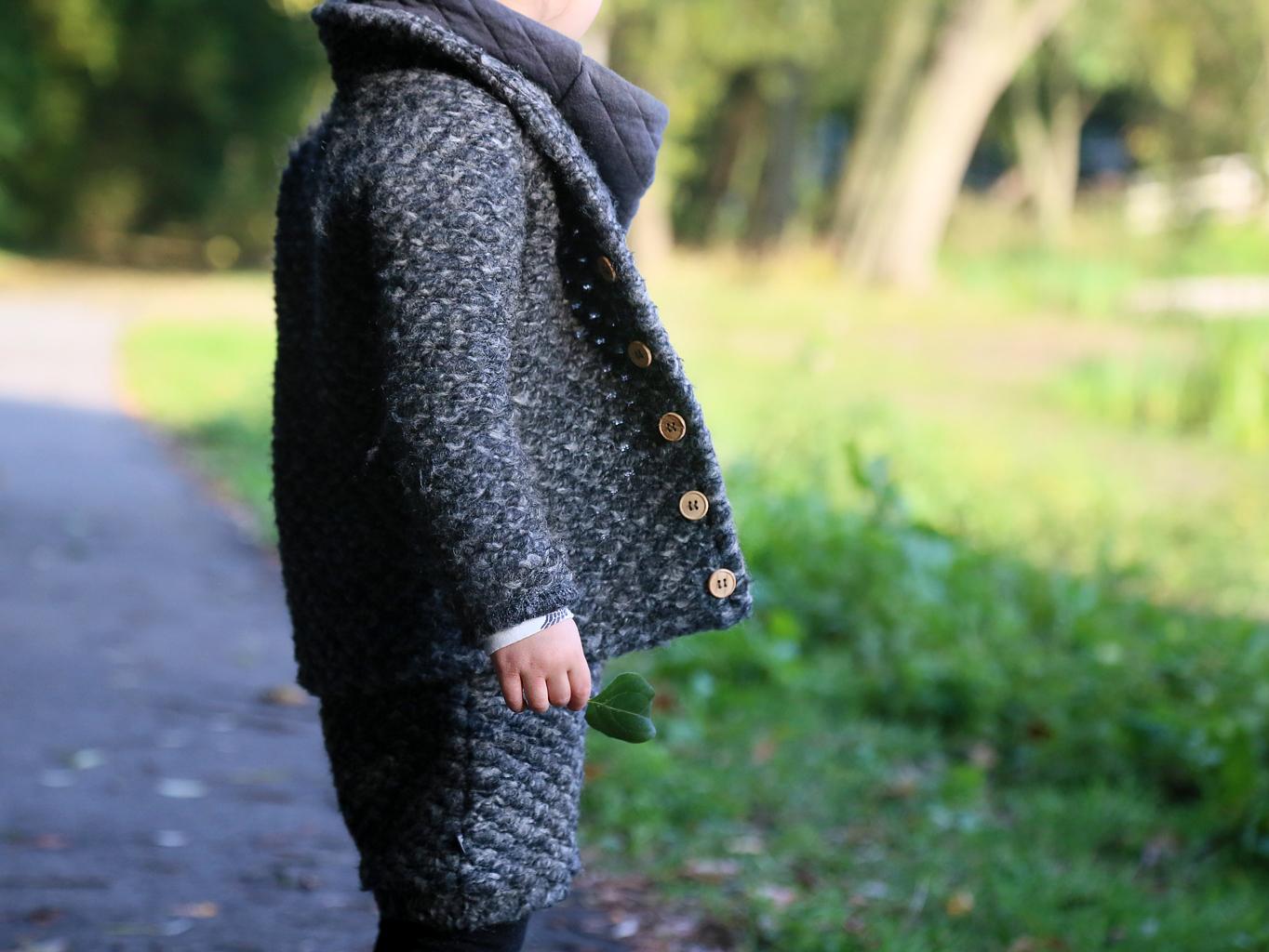 Warm en cozy de herfst in met het wollen jackje en shorts van nOeser trends fall 2016 2017 kinderkleding blog