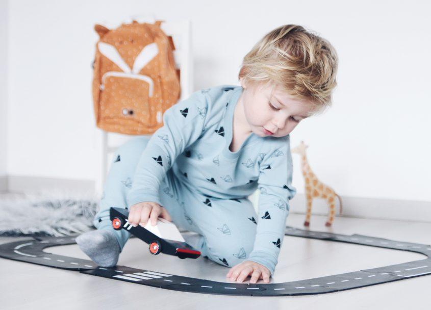 Senne zijn comfortabele outfit van Pimsa kidswear