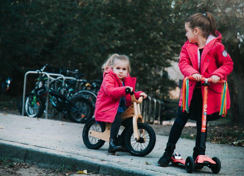 Een dagje buiten: spelen, steppen, fietsen en genieten!